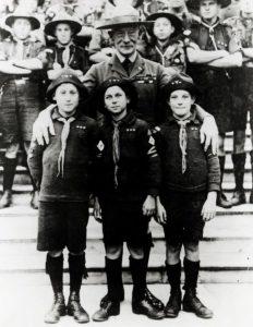 1920b Wj1_Uk_SaFootsCrayCubs&Bp